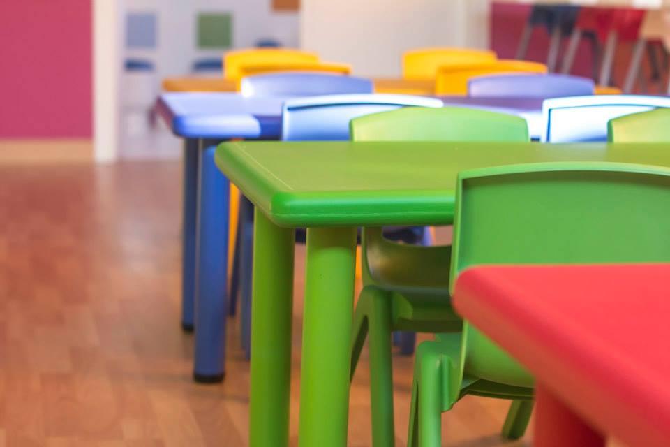 Mobiliario guarderias mobiliario infantil guarderias for Mobiliario para escuelas